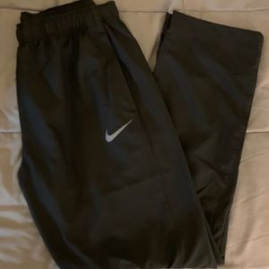 Nike lightweight water resistant workout pants